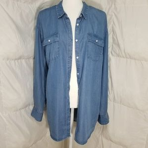 Long sleeve denim style button up shirt, size XXL